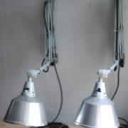 lampen-433-474-paar-von-graublauen-scherenlampen-midgard-originallackierung-pair-of-scissor-lamps-12