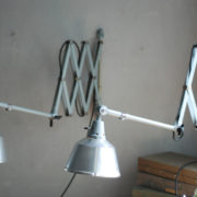 lampen-433-474-paar-von-graublauen-scherenlampen-midgard-originallackierung-pair-of-scissor-lamps-14