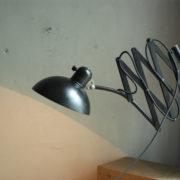 lampen-436-grosse-scherenlampe-kaiser-idell-6614-super-big-scissor-lamp-patina-017