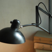 lampen-436-grosse-scherenlampe-kaiser-idell-6614-super-big-scissor-lamp-patina-020