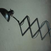 lampen-436-grosse-scherenlampe-kaiser-idell-6614-super-big-scissor-lamp-patina-021