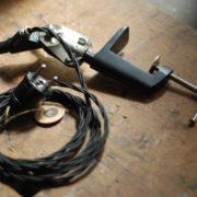lampen-448-doppeltischarm-fruhe-lenklampe-sis-klemmfuss-hinged-clamp-lamp-001