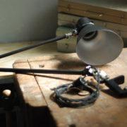 lampen-448-doppeltischarm-fruhe-lenklampe-sis-klemmfuss-hinged-clamp-lamp-004