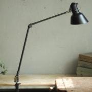 lampen-448-doppeltischarm-fruhe-lenklampe-sis-klemmfuss-hinged-clamp-lamp-009