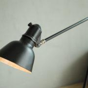 lampen-448-doppeltischarm-fruhe-lenklampe-sis-klemmfuss-hinged-clamp-lamp-023
