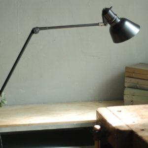 lampen-448-doppeltischarm-fruhe-lenklampe-sis-klemmfuss-hinged-clamp-lamp-028