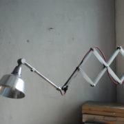 lampen-454-grosse-scherenlampe-midgard-ddrp-steeloptik-weinrot-kabel-big-scissor-industrial-lamp-08