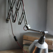 lampen-454-grosse-scherenlampe-midgard-ddrp-steeloptik-weinrot-kabel-big-scissor-industrial-lamp-21