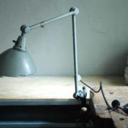 lampen-469-gelenklampe-klemmleuchte-midgard-hammerschlag-grau-clamp-hinged-lamp-hammertone-006