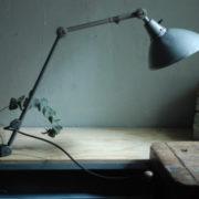 lampen-469-gelenklampe-klemmleuchte-midgard-hammerschlag-grau-clamp-hinged-lamp-hammertone-011