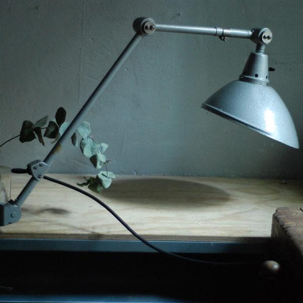 lampen-469-gelenklampe-klemmleuchte-midgard-hammerschlag-grau-clamp-hinged-lamp-hammertone-018
