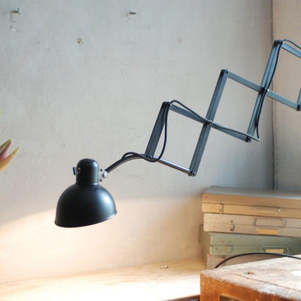 lampen-368-grosse-scherenlampe-kaiser-idell-6614-super-scissor-lamp-05