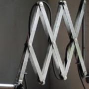 lampen-471-scherenleuchte-midgard-stahloptik-scissor-lamp-emailleschirm-enamel-industrial-002