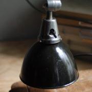 lampen-471-scherenleuchte-midgard-stahloptik-scissor-lamp-emailleschirm-enamel-industrial-015