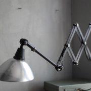 lampen-511-grosse-scherenleuchte-midgard-restauriert-aluschirm-curt-fischer-industrial-lamp-scissor-light-014