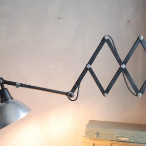 lampen-511-grosse-scherenleuchte-midgard-restauriert-aluschirm-curt-fischer-industrial-lamp-scissor-light-031