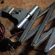 lampen-513-alte-scherenlampen-kaiser-idell-6614-original-jdell-mondlampe-scissor-lamp-patina-moon-industrial-007