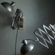 lampen-468-paar-scherenlampen-kaiser-idell-6614-super-mondlampen-pair-of-scissor-lamps-christian-dell-moon-wall-lamp-022_dev