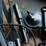 lampen-517-539-paar-von-schwarzen-scherenlampe-kaiser-idell-6614-pair-of-black-scissor-lamps-christian-dell-003_dev