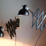 lampen-517-539-paar-von-schwarzen-scherenlampe-kaiser-idell-6614-pair-of-black-scissor-lamps-christian-dell-010_dev