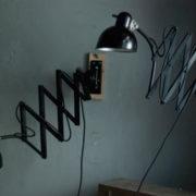 lampen-517-539-paar-von-schwarzen-scherenlampe-kaiser-idell-6614-pair-of-black-scissor-lamps-christian-dell-012_dev