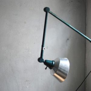 lampen-525-gruenblaue-gelenklampe-midgard-ddrp-aluschirm-wall-hinged-lamp-industrial-010