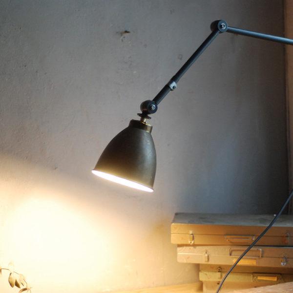 lampen-526-graublaue-gelenklampe-midgard-ddr-messingschirm-wall-hinged-lamp-industrial-013