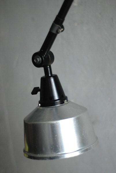 lampen-527-schwarze-grosse-gelenklampe-midgard-ddr-aluschirm-wall-hinged-lamp-industrial-012