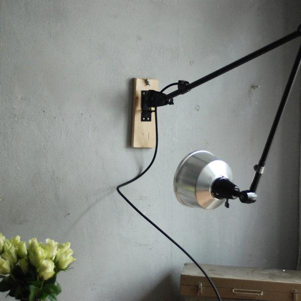 lampen-527-schwarze-grosse-gelenklampe-midgard-ddr-aluschirm-wall-hinged-lamp-industrial-022