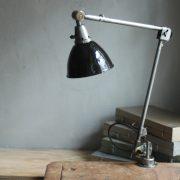 lampen-323-tischleuchte-gelenklampe-midgard-stahloptik-emailleschirm-curt-fischer-table-lamp-task-hinged-steel-enamel-23