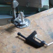 lampen-440-tischleuchte-gelenklampe-midgard-stahloptik-emailleschirm-curt-fischer-table-lamp-task-hinged-steel-enamel-15