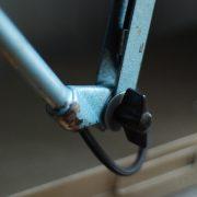 lampen-510-grosse-scherenlampe-werkstattleuchte-hammerschlag-tuerkis-midgard-ddrp-big-scissor-lamp-curt-fischer-hammertone-004