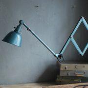 lampen-510-grosse-scherenlampe-werkstattleuchte-hammerschlag-tuerkis-midgard-ddrp-big-scissor-lamp-curt-fischer-hammertone-007