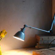 lampen-510-grosse-scherenlampe-werkstattleuchte-hammerschlag-tuerkis-midgard-ddrp-big-scissor-lamp-curt-fischer-hammertone-008