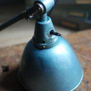 lampen-510-grosse-scherenlampe-werkstattleuchte-hammerschlag-tuerkis-midgard-ddrp-big-scissor-lamp-curt-fischer-hammertone-013