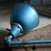 lampen-510-grosse-scherenlampe-werkstattleuchte-hammerschlag-tuerkis-midgard-ddrp-big-scissor-lamp-curt-fischer-hammertone-019