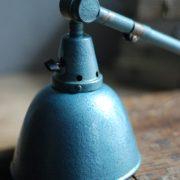 lampen-510-grosse-scherenlampe-werkstattleuchte-hammerschlag-tuerkis-midgard-ddrp-big-scissor-lamp-curt-fischer-hammertone-024