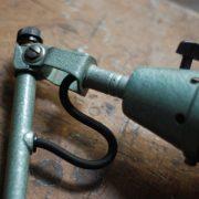 lampen-546-grosse-scherenleuchte-scherenarm-midgard-112-originalerhalt-hammerschlag-hammertone-enamel-big-vintage-scissor-lamp-curt-fischer-03