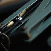 lampen-546-grosse-scherenleuchte-scherenarm-midgard-112-originalerhalt-hammerschlag-hammertone-enamel-big-vintage-scissor-lamp-curt-fischer-06