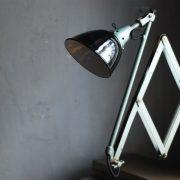 lampen-546-grosse-scherenleuchte-scherenarm-midgard-112-originalerhalt-hammerschlag-hammertone-enamel-big-vintage-scissor-lamp-curt-fischer-14