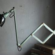 lampen-546-grosse-scherenleuchte-scherenarm-midgard-112-originalerhalt-hammerschlag-hammertone-enamel-big-vintage-scissor-lamp-curt-fischer-21