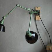 lampen-553-554-paar-gelenkleuchte-wandlampen-midgard-ddrp-originalzustand-hammerschlag-grün-pair-wall-hinged-lamps-hammertone-026