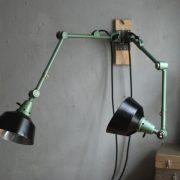 lampen-553-554-paar-gelenkleuchte-wandlampen-midgard-ddrp-originalzustand-hammerschlag-grün-pair-wall-hinged-lamps-hammertone-036