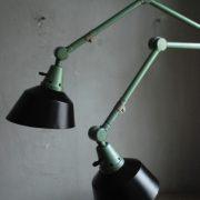 lampen-553-554-paar-gelenkleuchte-wandlampen-midgard-ddrp-originalzustand-hammerschlag-grün-pair-wall-hinged-lamps-hammertone-044