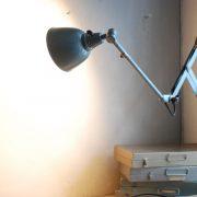 lampen-555-scherenlampe-werkstattleuchte-hammerschlag-tuerkis-midgard-ddrp-big-scissor-lamp-curt-fischer-hammertone-009
