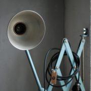 lampen-555-scherenlampe-werkstattleuchte-hammerschlag-tuerkis-midgard-ddrp-big-scissor-lamp-curt-fischer-hammertone-015