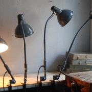 lampen-373-374-375-374-konvolut-4-klemmleuchten-industrielle-tischlampe-sis-schweinfurt-gooseneck-clamp-lamp-industrial-012