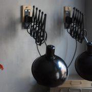 lampen-543-560-paar-scherenlampen-helion-bakelitschirm-bakelite-pair-of-industrial-scissor-lamps-001