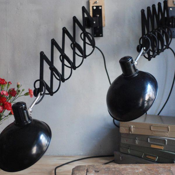 lampen-543-560-paar-scherenlampen-helion-bakelitschirm-bakelite-pair-of-industrial-scissor-lamps-007