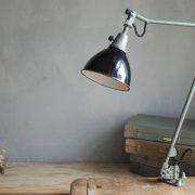 lampen-474-gelenkarmleuchte-midgard-121-tischlampe-arbeitlampe-desk-hinged-lamp-curt-fischer-hammerschlag-hammertone-001